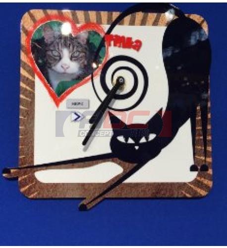 Horloge murale modèle chat avec 2 visuels