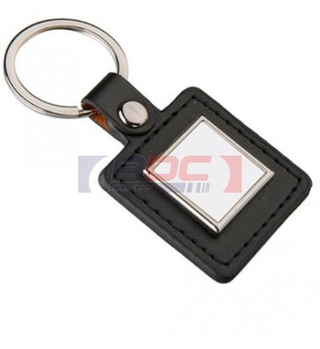 Porte-clé en polyuréthane noir format carré 40 x 85 mm