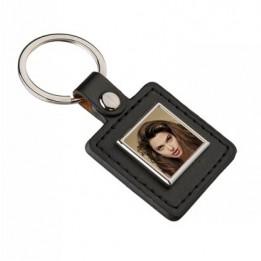 Porte-clé en polyuréthane format carré 40 x 83 mm